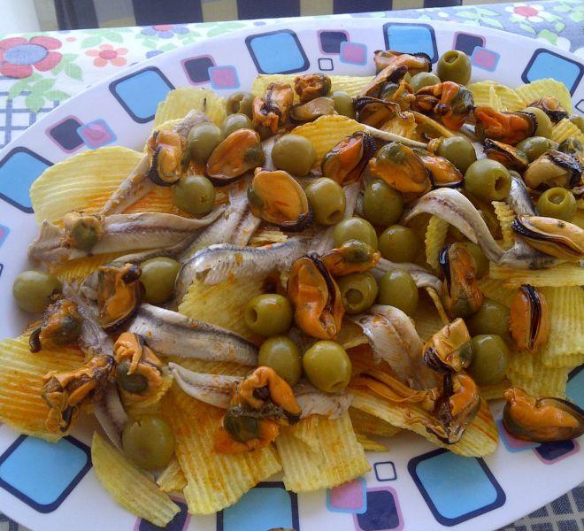 Patatas Mejillones Boquerones Aceitunas